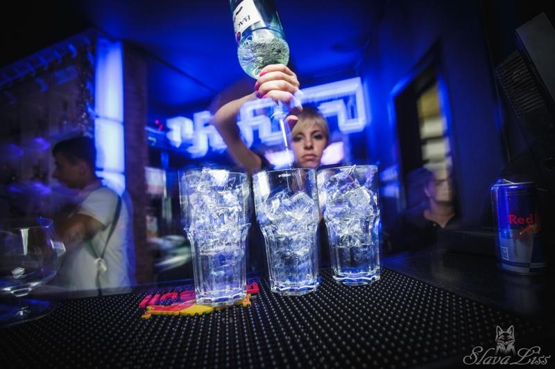 «Raiskoe DJ-show» в KaruseL Club