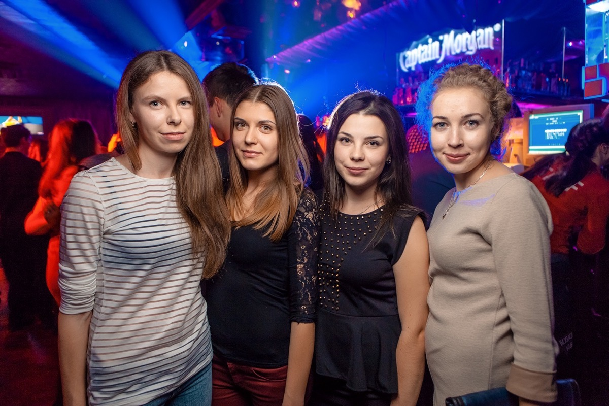 «День Студента» в клубе «Saxon»