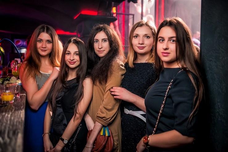 «Женские приХХХоти» в «Saxon»