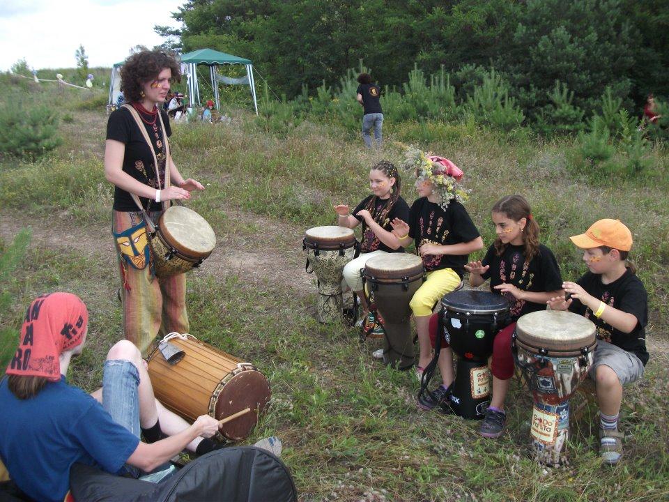 Школа этнических барабанов и африканских танцев «GoDoPaTa»